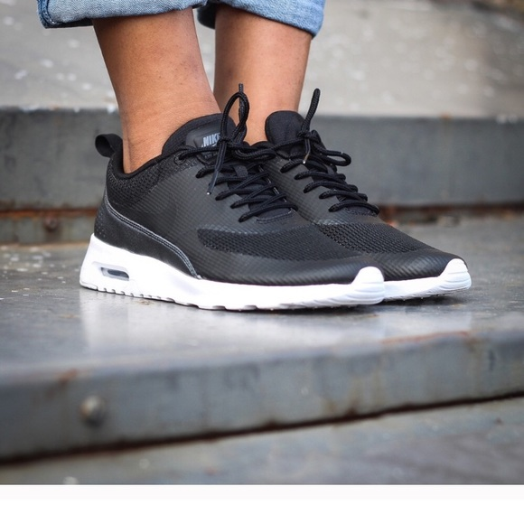 nike air max thea flash all black